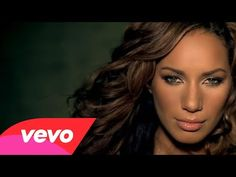 ▶ Leona Lewis - Bleeding Love (US Version) - YouTube Another great find by Simon Cowell.  What a beautiful voice. Reminds me a little of the great late Whitney Houston or Mariah Carey.