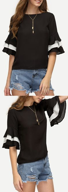 Vintage, color-block & ruffle casual. Ruffle Bell Sleeve Keyhole Back Top from SHEIN. US$9.99