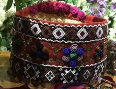 Festive and bridal wreaths (photos) Classic Wedding Gowns, White Wedding Dresses, Bridal Headdress, Headpiece, Flower Head Wreaths, Ready For Marriage, Wax Flowers, White Wreath, Cute Headbands