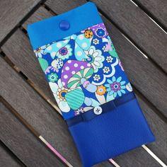 """Etui a lunettes en tissu japonais """"fleurs et champignon"""" et en simili cuir bleu"""