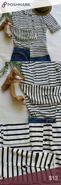 Forever 21 button down striped light weight blouse Forever 21 button down striped light weight blouse with roll up sleeves super cute dressed up or down Forever 21 Tops Button Down Shirts