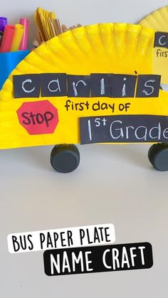 Hand Crafts For Kids, Back To School Crafts, Holiday Crafts For Kids, Kindergarten Art Activities, Fun Activities For Toddlers, Preschool Activities, Name Crafts, Paper Plate Crafts, Kids Education