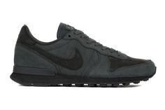 quality design 29a46 8bdf9 All-black suede for the winter. Zapatos 2014, Zapatillas Hombre, Zapatillas  Nike
