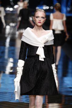 Valentino Great neckline