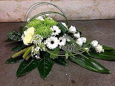 Grave Flowers, Church Flowers, Funeral Flowers, Wedding Flowers, Creative Flower Arrangements, Funeral Flower Arrangements, Floral Arrangements, Arte Floral, Deco Floral