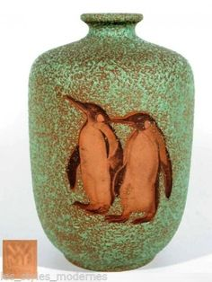Keramik, Apfelsinenglasur, Pinguindekor,Höhe 28 cm, Dm. Art Deco, Art Nouveau, Pottery Designs, Pottery Art, Keramik Vase, Wmf, Porcelain Ceramics, Clay, Metals