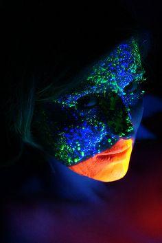 Blacklight makeup #makeup #spadelic #blacklight