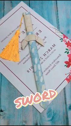 Cool Paper Crafts, Diy Crafts To Do, Paper Crafts Origami, Diy Crafts Hacks, Creative Crafts, Diys, Instruções Origami, Origami Sword, Useful Origami