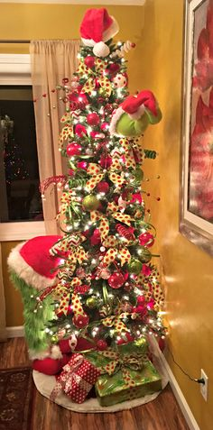 My Grinch Christmas Tree. I loved how it turned out! My Grinch Christmas Tree. I loved how it turne Grinch Christmas Tree Decorations, Grinch Trees, Grinch Christmas Party, Diy Christmas Tree, Xmas Decorations, Christmas Themes, Christmas Holidays, Christmas Carol, Black Christmas