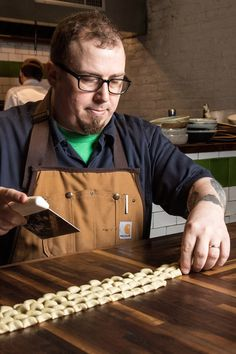 Kevin Adey, of Faro in Brooklyn, makes rye pasta all winter, because its strong flavor can stand up to long-cooked sauces. (Photo: Evan Sung for The New York Times) Copycat Recipes, New Recipes, Amanda Cohen, Rye Grain, Marco Pierre White, Food News, Most Popular Recipes, Ny Times, Chefs