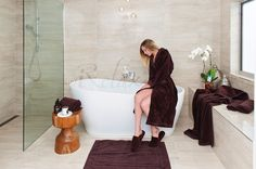 Chocolate Bespoke Bath Set #BespokeBathSet #iRelaxAU #ForHim #ForHer #PerfectGiftForEveryOccasion #AweSplendid #VelourBathrobe #LuxuryTowels #UltraFineCotton