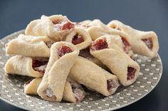 Receita de Beliscão, um biscoito amanteigado com goiabada que derrete na boca e lembra muito a infância!