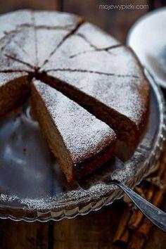 Cynamonowe ciasto jogurtowe szybkie i niezawodne Polish Desserts, Polish Recipes, No Bake Desserts, Just Desserts, Sweet Recipes, Cake Recipes, Dessert Recipes, Yogurt Cake, Cupcakes