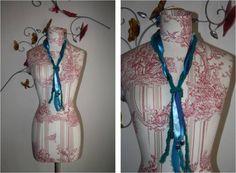 collar lana vidrios azul Collar, Lana, Princess Zelda, Fictional Characters, Seasons, Blue Nails, Accessories, Fantasy Characters