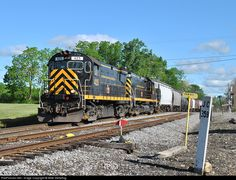 RailPictures.Net Photo: LAL 425 Livonia, Avon & Lakeville Alco C425 at Lakeville , New York by Mike Stellpflug