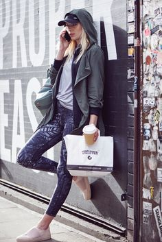 Shop the Sweaty Betty range of technical gym leggings, yoga pants and high waisted workout or running leggings. Running Leggings, Gym Leggings, Weight Loose Tips, Benefits Of Cardio, Sport Outfits, Gym Outfits, Athleisure Fashion, Sweaty Betty, Yoga Pants