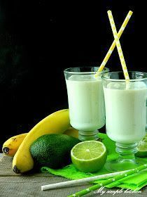 Homemade Protein Shakes, Easy Protein Shakes, Protein Shake Recipes, Healthy Juice Recipes, Healthy Juices, Yummy Smoothies, Smoothie Diet, Juice Ad, Weight Loss Smoothies