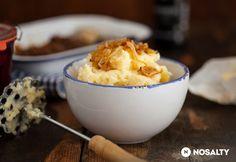 Krumplipüré karamellizált hagymával