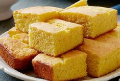 I wasn't sure about using a Paula Deen recipe but I don't think I've ever made cornbread this good! Moist and Easy Cornbread recipe from Paula Deen via Food Network Easy Cornbread Recipe, Sweet Cornbread, Paula Deen Cornbread, Moist Cornbread, Homemade Cornbread, Skillet Cornbread, Mexican Cornbread, Food Network Cornbread Recipe, Cornbread Waffles