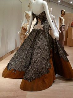 Charles James Ball Gown, 1953 - Back
