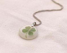 Items similar to Clover pendant Resin Crafts, Resin Art, Resin Jewelry, Jewelry Crafts, Four Leaf Clover Necklace, Stained Glass Flowers, Sales, Flower Jewelry, How To Make Shorts