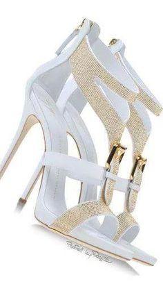 the wedding shoes Stilettos, Pumps, Dream Shoes, Crazy Shoes, Me Too Shoes, Hot Shoes, Women's Shoes, Shoe Boots, Pretty Shoes