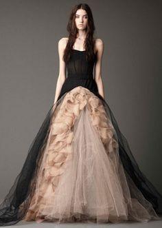 Vera Wang - amazing dress