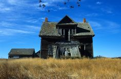 Abandoned farm house, near Rosetown, Saskatchewan.