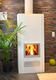Saana kaakeli / slammaus / Mallisto / Uunisepät - hinta 2670 € (yksipuoleinen) Living Room Inspiration, Home Appliances, Cottage, Wood, Interior, Fireplaces, Home Decor, Summer, Wood Burning Fireplaces