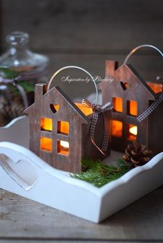 Wooden festive decorations for you to make. For all the Fret-saw, Coping-saw…