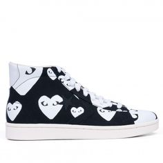 d5ac3a482417 Check Out The Sneakers That Glamour s Fashion Director Flipped For