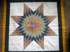 Star Quilt with a Dark Green Tote Bag by JDCreativeHands on Etsy