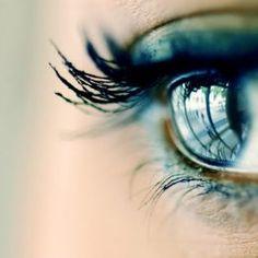 Somos los de los ojos llenos de Luz. Observamos cada día más solidariamente, y nos reunimos en la mirada para dar lo mejor de nuestra Visión… Sabemos cuál es el Camino. El AMOR NOS GUIA