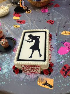 Cute Nancy Drew Birthday Cake using the silhouette from our Nancy Drew party kits - http://www.nancydrewsleuth.com/partyandgifts.html