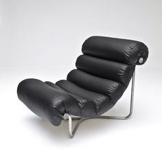 Georges Van Rijk, Glasgow Lounge Chair  for  Ets. A. & L. Verhaegen, 1971.