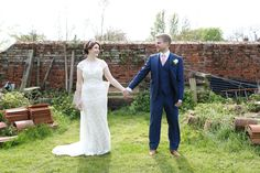 relaxed informal wedding photography, the granary barns newmarket, suffolk