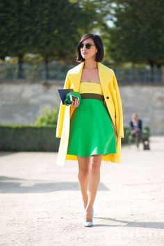 250 street style outfits you'll want to copy this fall from Paris Fashion Week. --Love the colours together