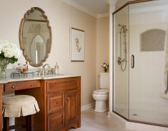 Master bathroom. Traditional bathroom. Valerie Garrett Interior Design. Macon, GA.