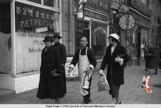 Shanghai in the 1930's, street scene