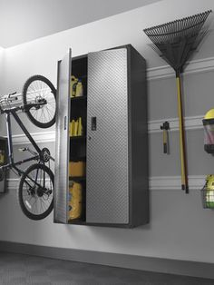 Gladiator Garage Storage Organization View other garage storage options at http://www.encoregaragenewjersey.com/ #garage #storage #organization #nj #encore