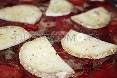 Cecina de Vaca, con Tomate y Queso de Cabra   Restaurante tapería tortillería Papa´s en Vigo