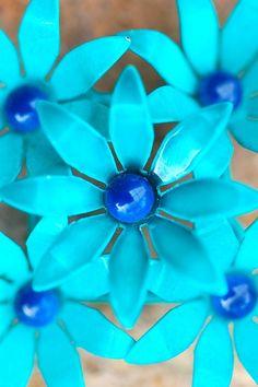 Blue Flower Brooch / CC