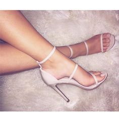 You guys know I love my neutrals!  Got so many compliments on these heels by: @officialplt ❤️