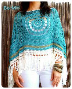 Fabulous Crochet a Little Black Crochet Dress Ideas. Georgeous Crochet a Little Black Crochet Dress Ideas. Poncho Au Crochet, Crochet Poncho Patterns, Crochet Shawls And Wraps, Crochet Scarves, Crochet Clothes, Knit Crochet, Crochet Pattern, Crochet Capas, Hippie Crochet