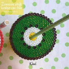 Strijkkralen fruit, kiwi, strijkkralen patroon, Kiwi, Summer Diy, Perler Beads, Birthday Cake, Desserts, Crafts, Food, Sunday School, Van