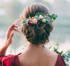 Wedding Hairstyles And Romantic Bridal Updos ❤︎ Wedding planning ideas & inspiration. Wedding dresses, decor, and lots more. Romantic Bridal Updos, Wedding Updo, Red Wedding, Wedding Flower Hair, Fall Wedding Hair, Outdoor Wedding Hair, Elegant Wedding, Floral Wedding, Small Winter Wedding