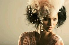 #Accessorize #feathers #haute