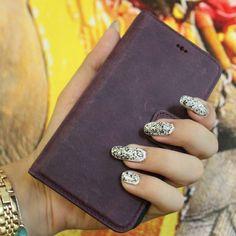www.bouletta.com #bouletta #leather #leathercraft #genuineleather #craftmanship #leathergoods #handmade #apple #samsung #iphone #iphonecase #applewatchband #applewatchstrap #fashion #instafashion #trend #style #luxury #picoftheday #instadaily #instagood #beautiful #followme #follow #photooftheday www.bouletta.com