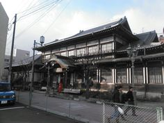 1月26日雪のち晴れ 日田は午前中大雪でした。午後より大分県整備振興会の新年会に別府へ行きました。風が強く寒かったです。写真は竹瓦温泉