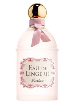 The skin is kissed by fragrance and caressed by lingerie, which is given a new beauty step by Guerlain. A new delicate fragrance to spray on underthings, li Parfum Guerlain, Perfume Parfum, Chanel Perfume, Cosmetics & Perfume, Fragrance Parfum, Perfume Bottles, Linen Spray, Bvlgari, Smell Good